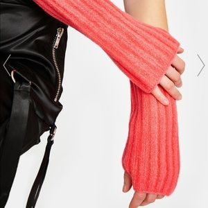 Free People Outside the lines Armwarmers coral